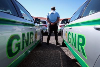 27 detenções,321 infrações de trânsito e 41 acidentes é o resultado da operação da GNR nas últimas horas
