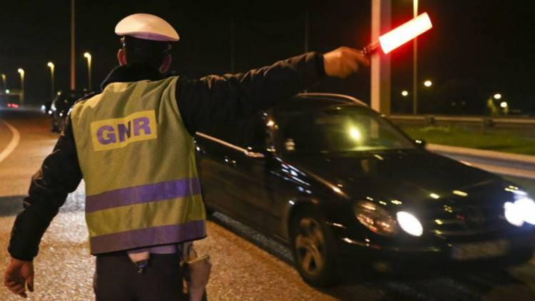 GNR deteve esta quarta-feira em Vendas Novas individuo a conduzir sob o efeito do álcool (c/som)