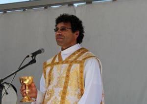 Novo pároco em Vila Viçosa tomará posse neste domingo (c/som)