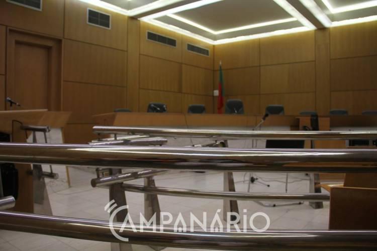 Tribunal julgou procedente, o recurso de impugnação judicial, apresentado pela Ass. Humanitária dos Bombeiros de Vila Viçosa, absolvendo-a do pagamento da multa (c/som e fotos)