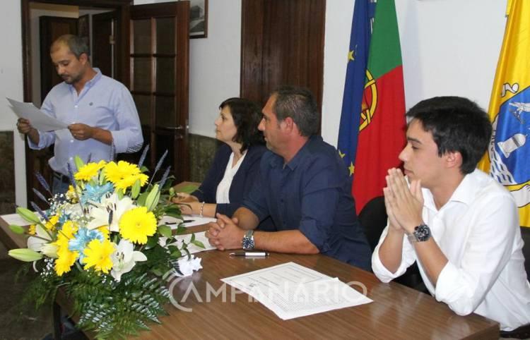 """Minoria PS faz """"acordo"""" com CDS para liderar Freguesia de Mourão (c/som e fotos)"""