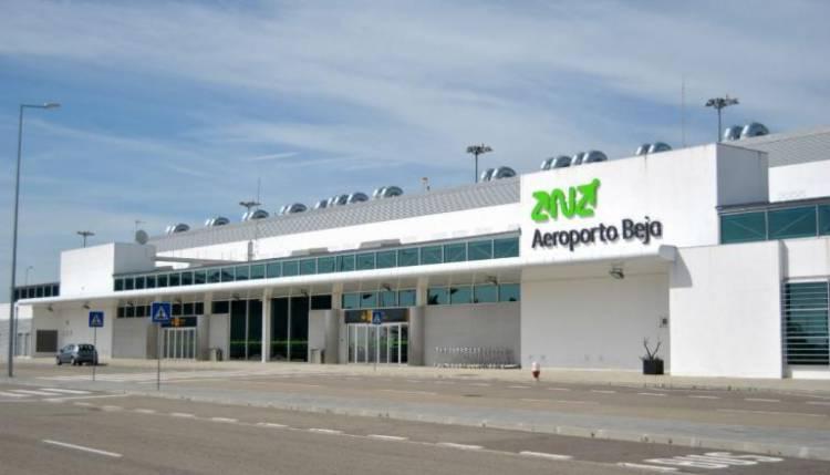 Empresa de manutenção de aviões investe 30 milhões em hangar no Aeroporto de Beja
