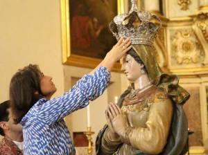 Imagem centenária de Nossa Senhora da Conceição foi solenemente coroada