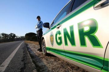 GNR de Évora registou 27 infrações e 9 crimes nas últimas horas (c/som)
