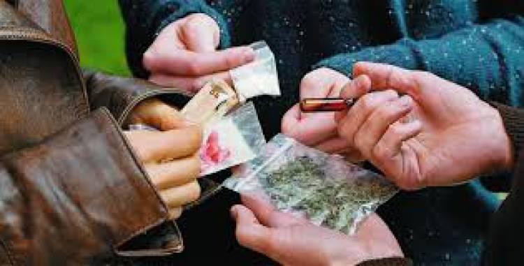 3 detidos em Estremoz por tráfico de estupefacientes (c/som)