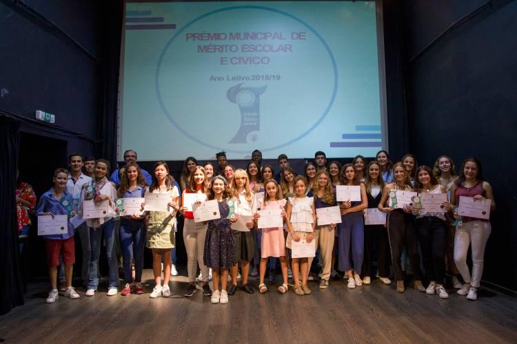 Autarquia de Moura entrega Prémio Municipal de Mérito Escolar e Cívico a alunos do concelho