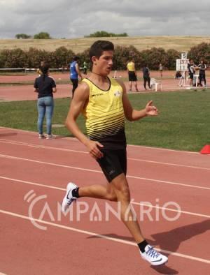 Atleta borbense é campeão nacional de Juvenis nos 100 metros (c/som)