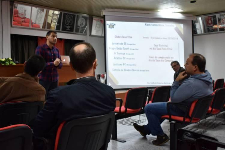 Futebol: Campeonato e Taça de Veteranos arrancam em Janeiro no distrito de Évora