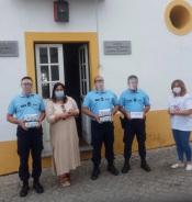 """Organização """"Em Missão na nossa Terra"""" oferece máscaras de proteção à GNR de Reguengos de Monsaraz e do Telheiro"""