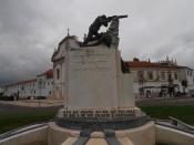 Dia do soldado desconhecido. Concelhos do Alentejo ergueram monumentos aos que morreram pela pátria.