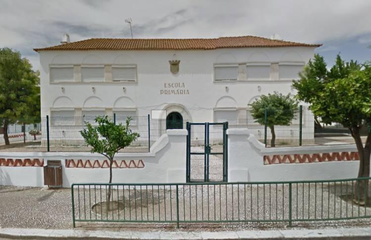Vila Viçosa: Semana Distrital do Bombeiro traz simulacro à Escola Básica do Castelo, na próxima sexta-feira (c/som)
