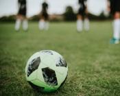 Futebol: Lusitano SAD e Juventude defrontaram-se hoje para o Campeonato de Portugal