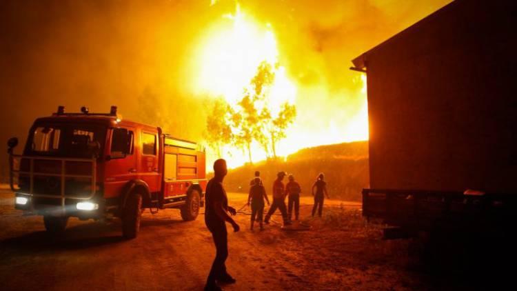 Seis corporações do distrito de Évora combatem as chamas em Pedrógão comandadas pelo comandante dos Bombeiros de Vila Viçosa