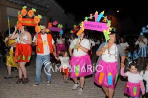 Arraial de Santo António ajudacreche de Alandroal a adquirir parque exterior (c/som e fotos)