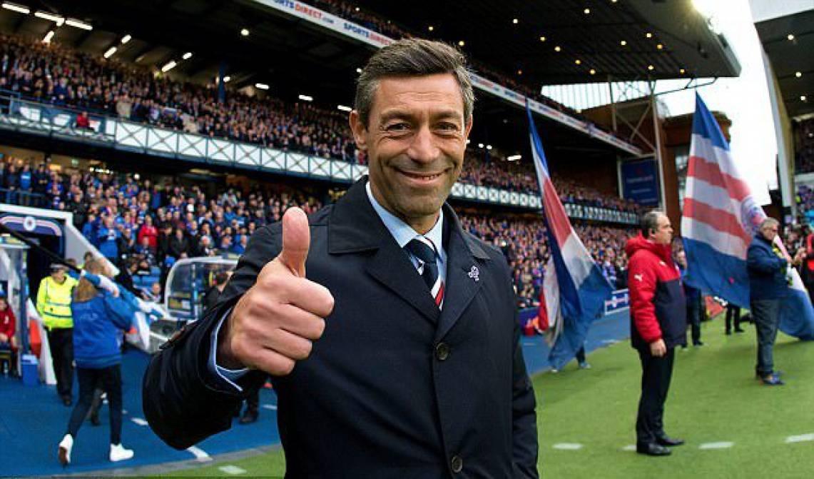 Rangers despede Pedro Caixinha