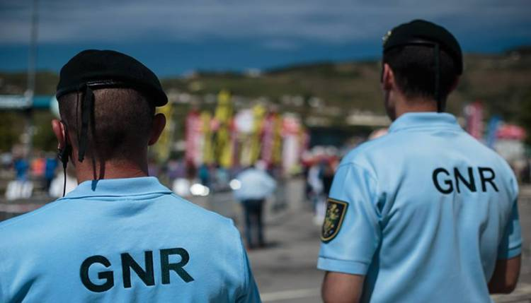 GNR registou 98 infrações rodoviárias esta quinta-feira (17 janeiro) no distrito de Évora (c/som)