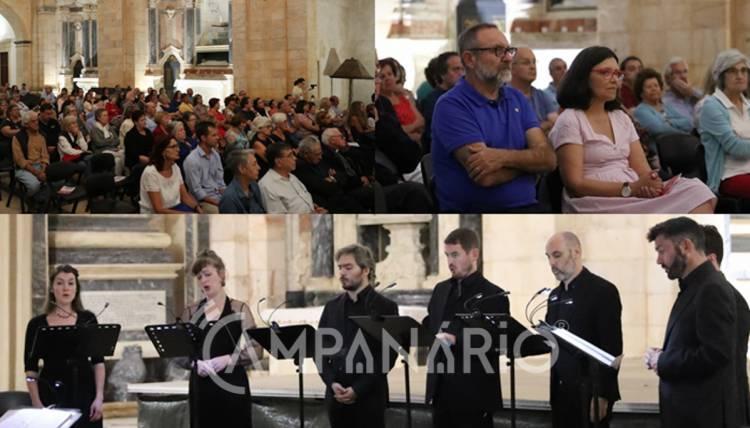 """Eborae Mvsica """"pela primeira vez sai de Évora e vêm a Vila Viçosa fruto do grande arquivo musical do Paço"""", diz Maria de Jesus Monge (c/som e fotos)"""