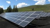 Estão abertas as candidaturas para apoios a painéis solares na agricultura