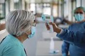 Doze mulheres vacinadas contra a Covid 19 testam positivo, em Lar de Évora