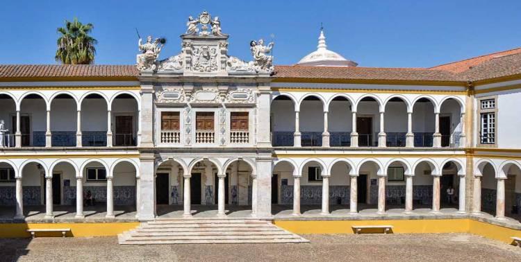 Universidade de Évora apela ao voto dos alunos nas Comissões Executivas e de Acompanhamento