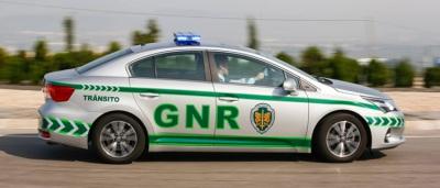 GNR registou 4 acidentes, 8 crimes e 38 infrações rodoviárias, no distrito de Évora entre os dias 27 e 29 de março (c/som)