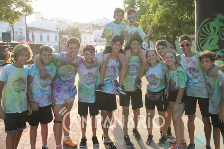 """Estremoz Fun Running juntou """"mais de 700 pessoas a divertirem-se com as cores"""", diz representante do Município (c/som e fotos)"""