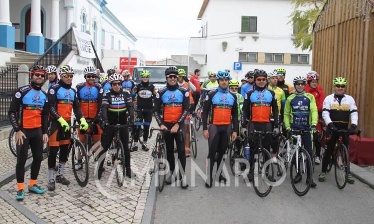 Clube de cicloturismo de Reguengos de Monsaraz apoiou Bombeiros Voluntários com Passeio Solidário (c/som e fotos)