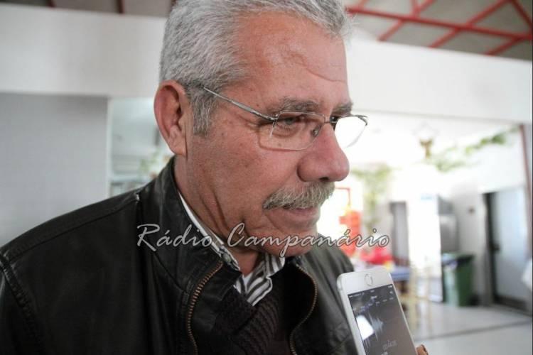 """""""Não podem restringir o consumo de água á população"""" enquanto o período de rega na Vigia """"continuar a regar 24 sob 24 horas"""", diz António Recto (c/som)"""