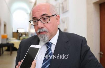 """José Robalo admite que falhas graves no sistema informático de saúde causam impacto no desempenho negativo dos médicos e avança que já foi """"dado o primeiro passo para a solução do problema"""""""