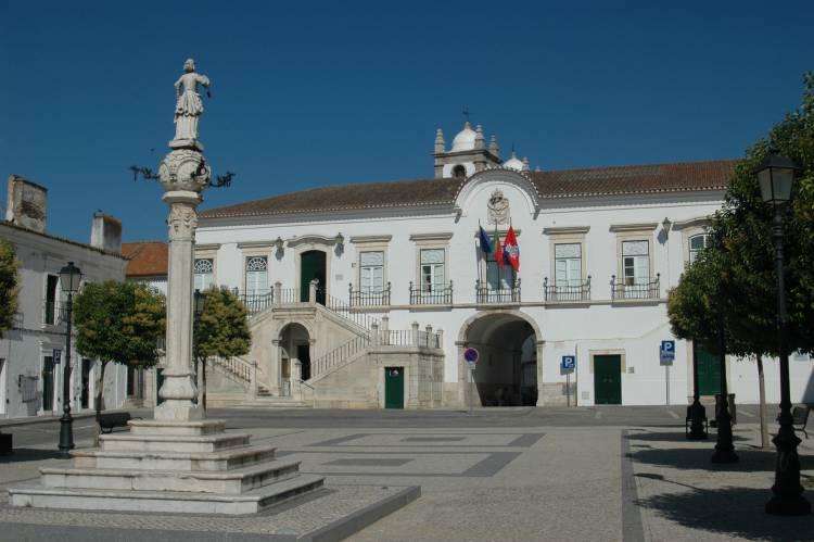 Município de Campo Maior abre concurso de 330 mil euros para reabilitação de escola