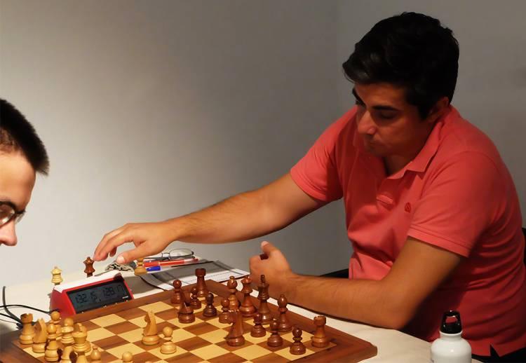 Paulo Dias lidera isolado a Final do Campeonato Nacional de Xadrez
