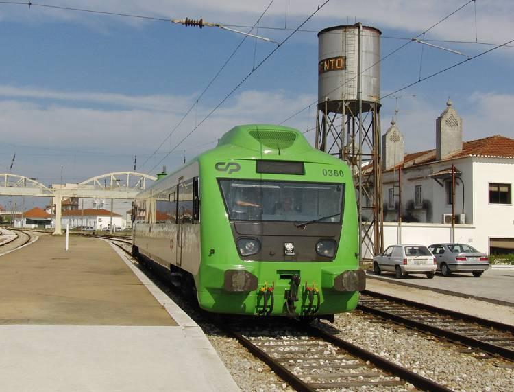 CP substitui comboio por autocarro entre o Entroncamento e Elvas