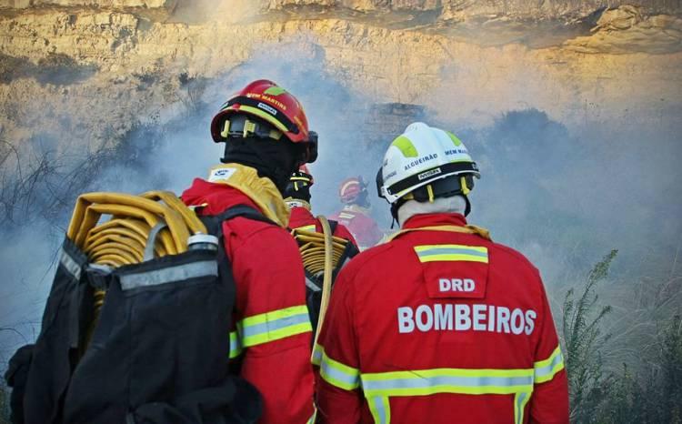 Máquina rebarbadora na origem do incêndio que consumiu 195 hectares em Odemira