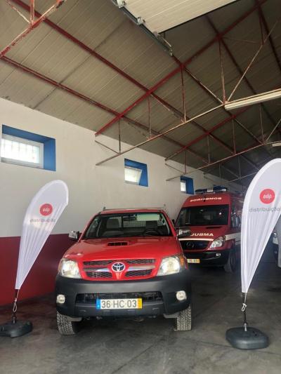 EDP entrega duas viaturas para prevenção e combate a incêndios