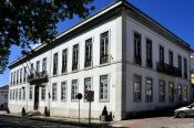 COVID-19: Câmara de Santiago do Cacém renova medidas de apoio por três meses